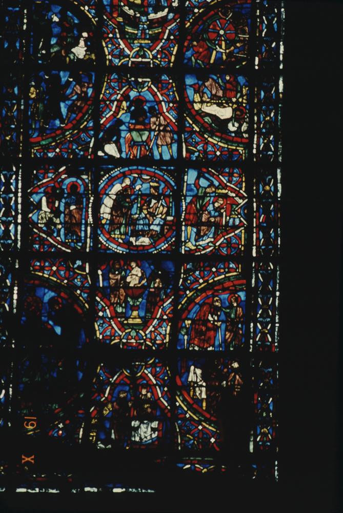 ChartresGlass Box M Slides 111