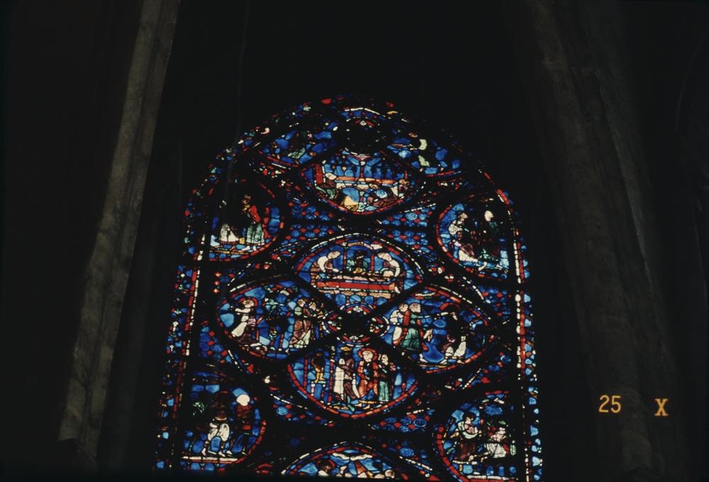 ChartresGlass Box M Slides 123