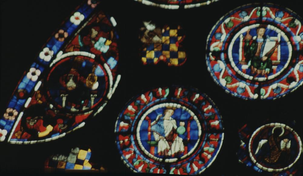 ChartresGlass Box P Slides 023