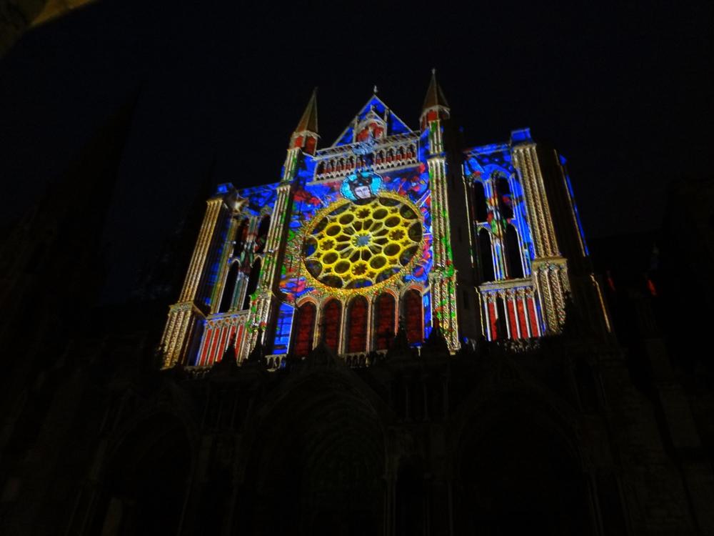Chartres, south side, night illumination