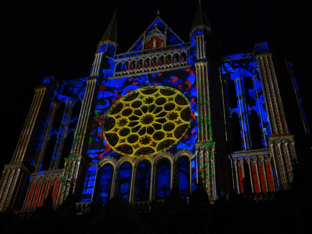 Chartres, south side, night illumination