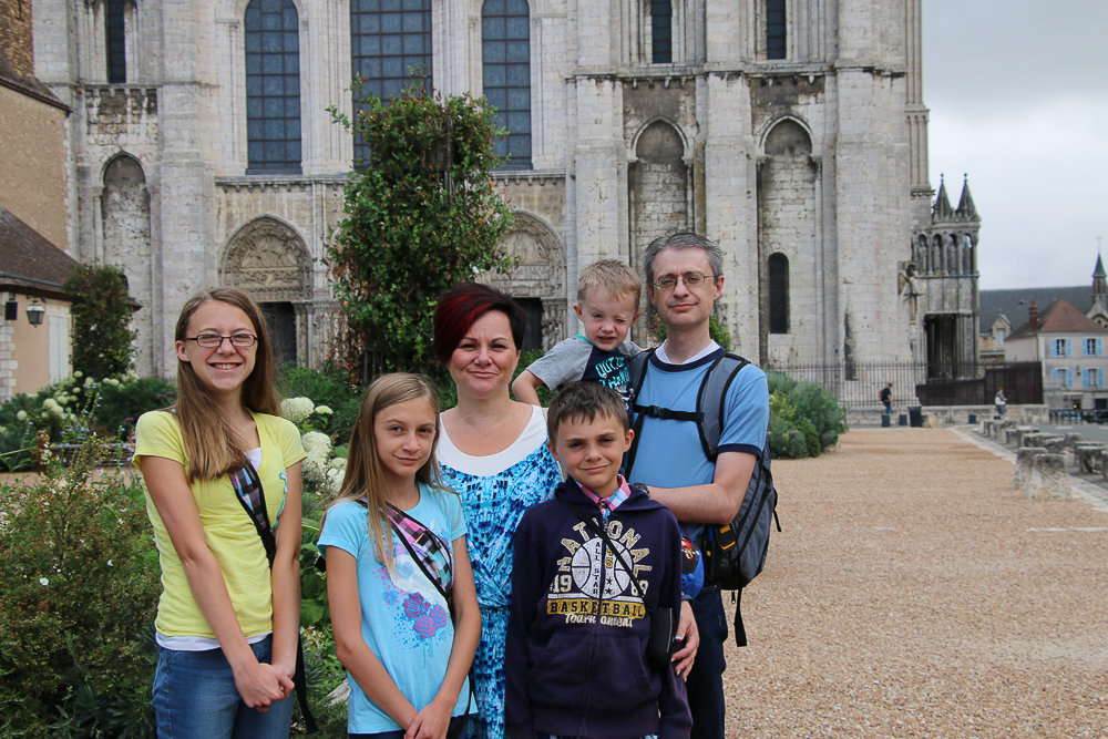 Greg's family Chartes West Facade