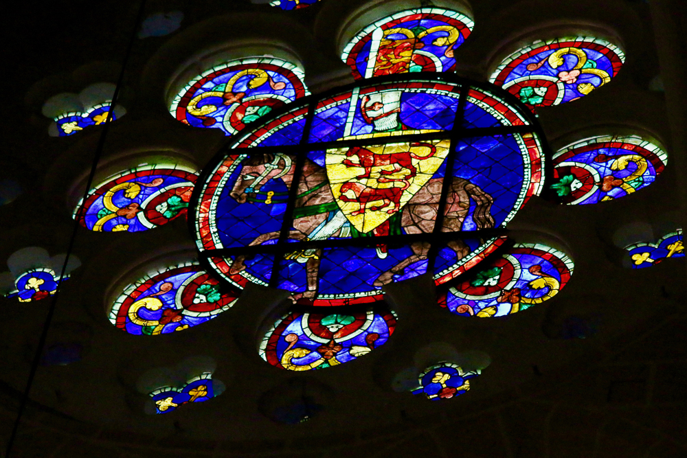 Clerestory Rose south choir Chartres