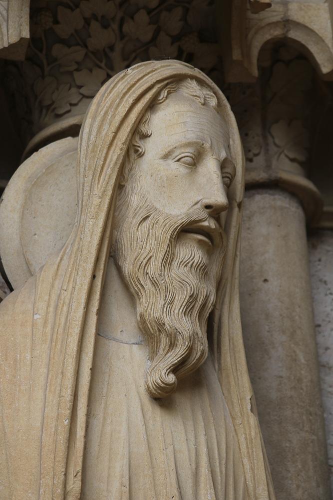 Chartres, north side, center portal, detailJAMB FIGURESLeft:• Samuel