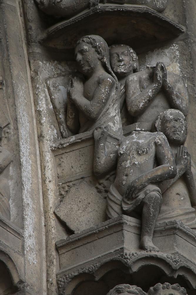 Chartres, south side, center, archivoltLast judgment