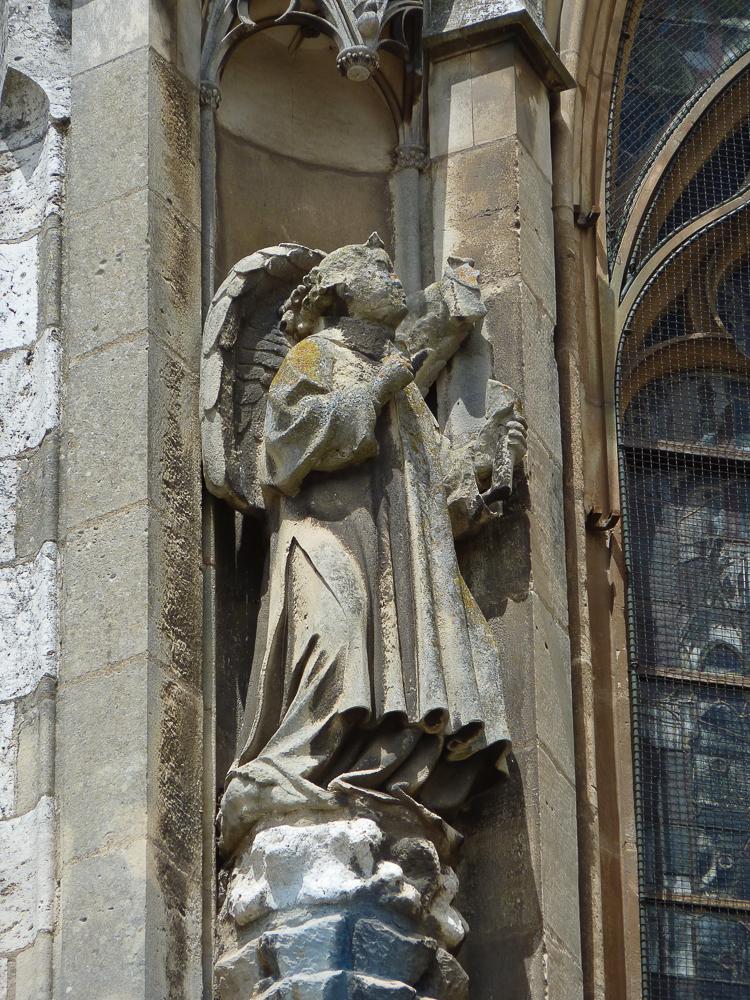 Chartres, south side, window, detailduplicate (+7OZiOnXTmKhN5wWmwcERw)